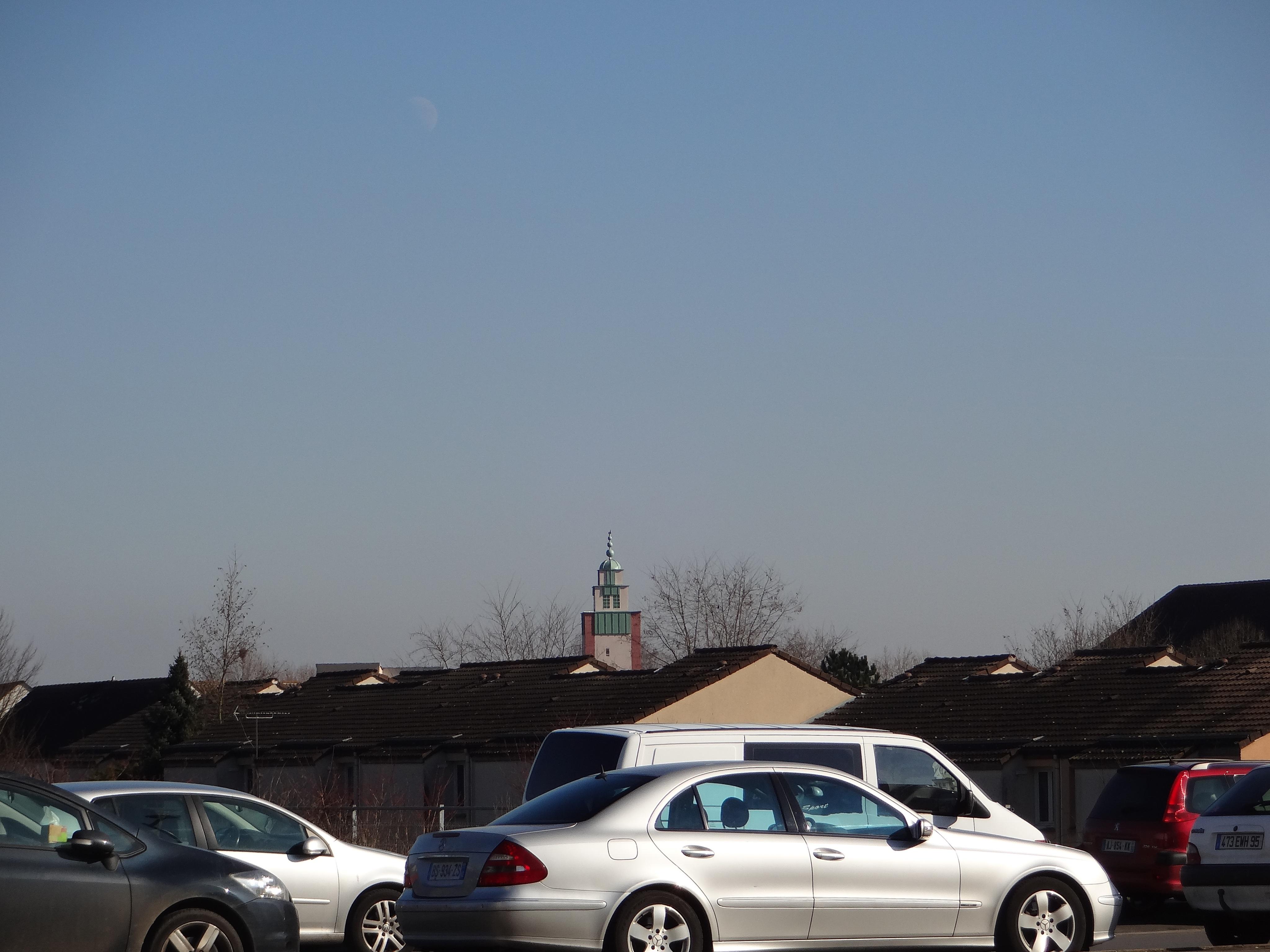 Le minaret depuis la gare