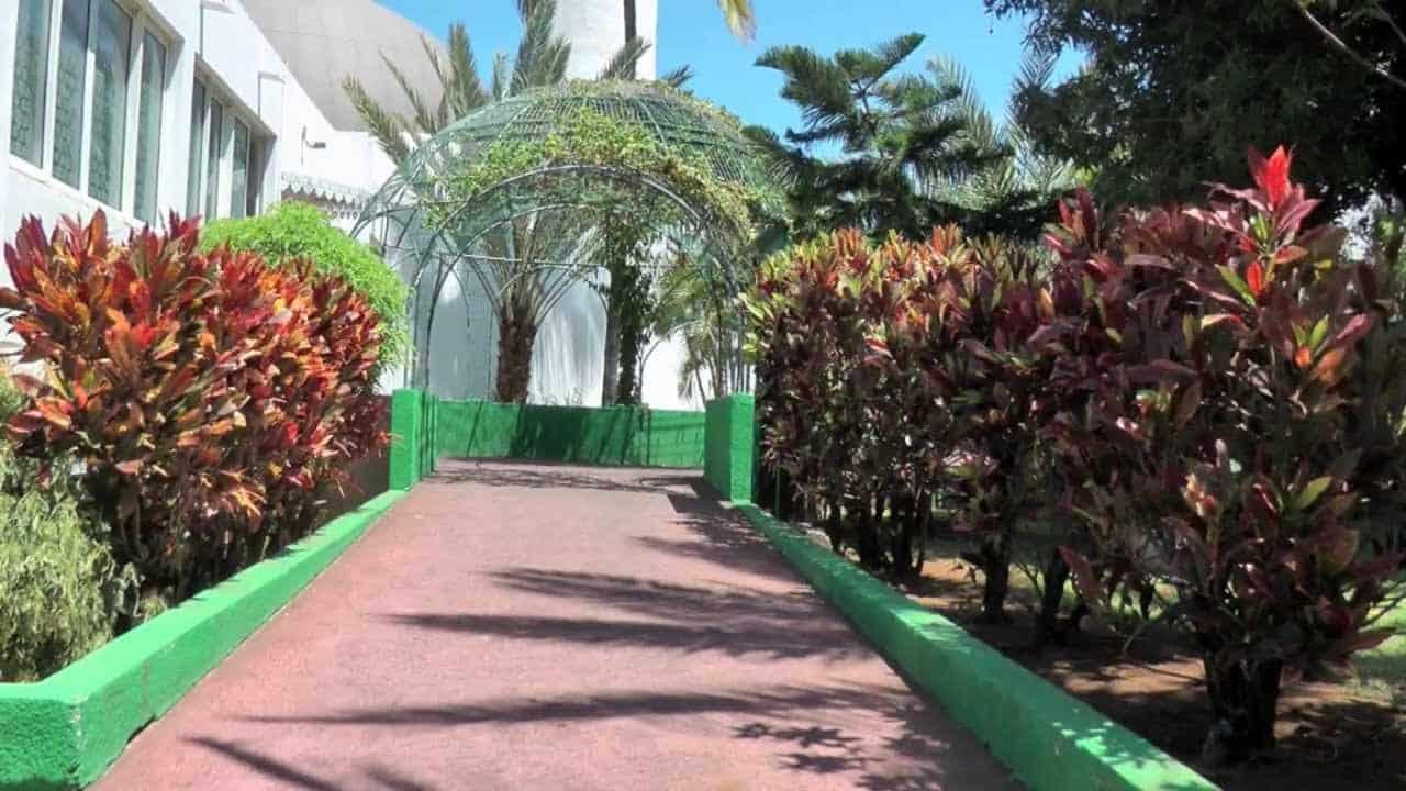[VIDÉO] – La Mosquée Atyaboul Massadjid de Saint-Pierre (La Réunion)