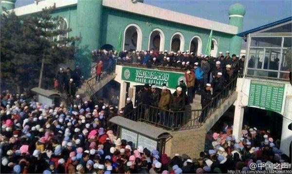 Mouvement de foule dans une mosquée de Chine
