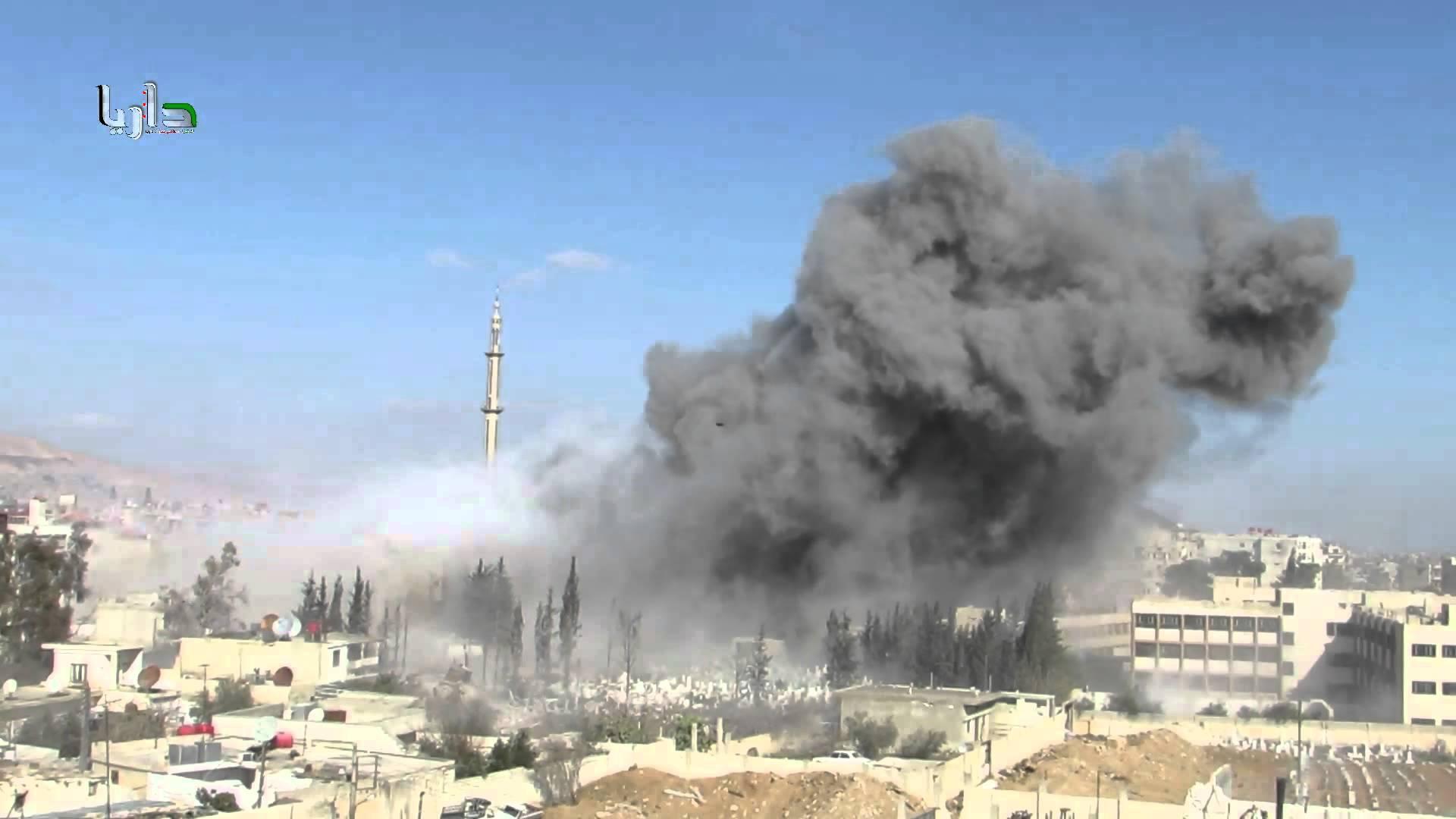 Syrie – Une mosquée de Darayya ciblée avec des barils explosifs