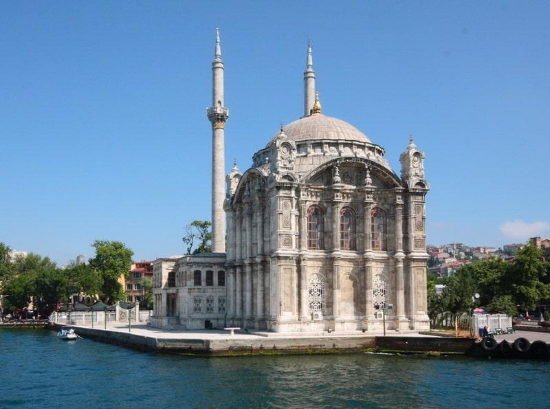 La mosquée d'Ortakoy Istanbul