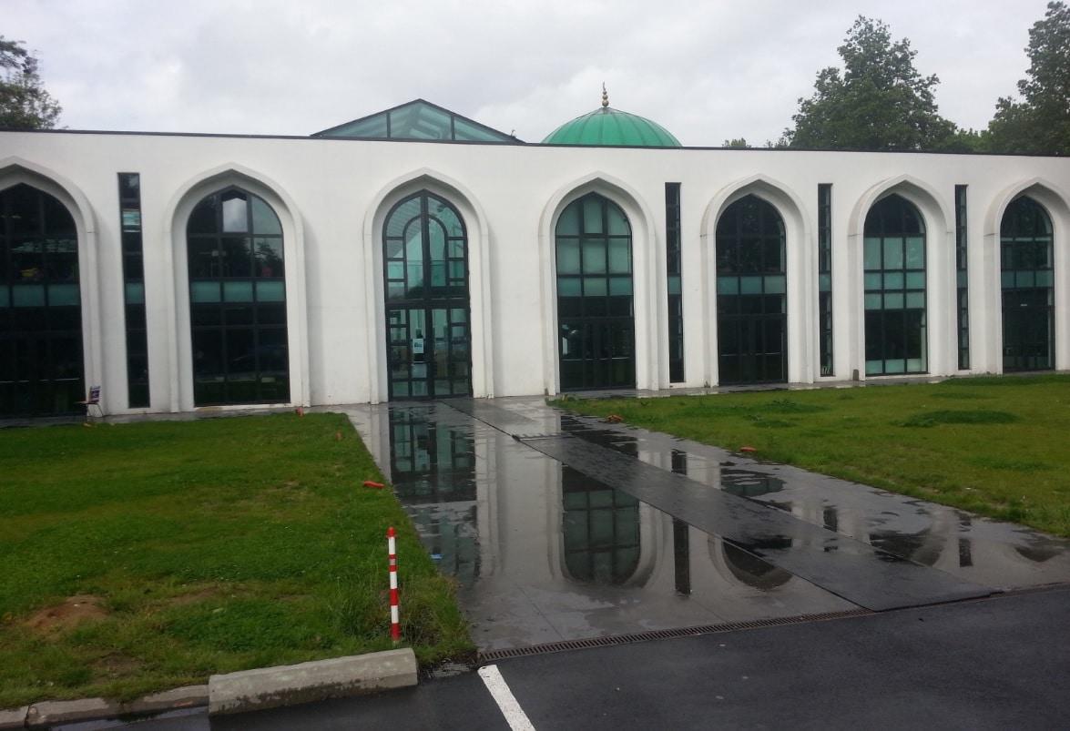 La mosqu e de villeneuve d ascq des d mes des minarets for Comhoraire la poste villeneuve d ascq