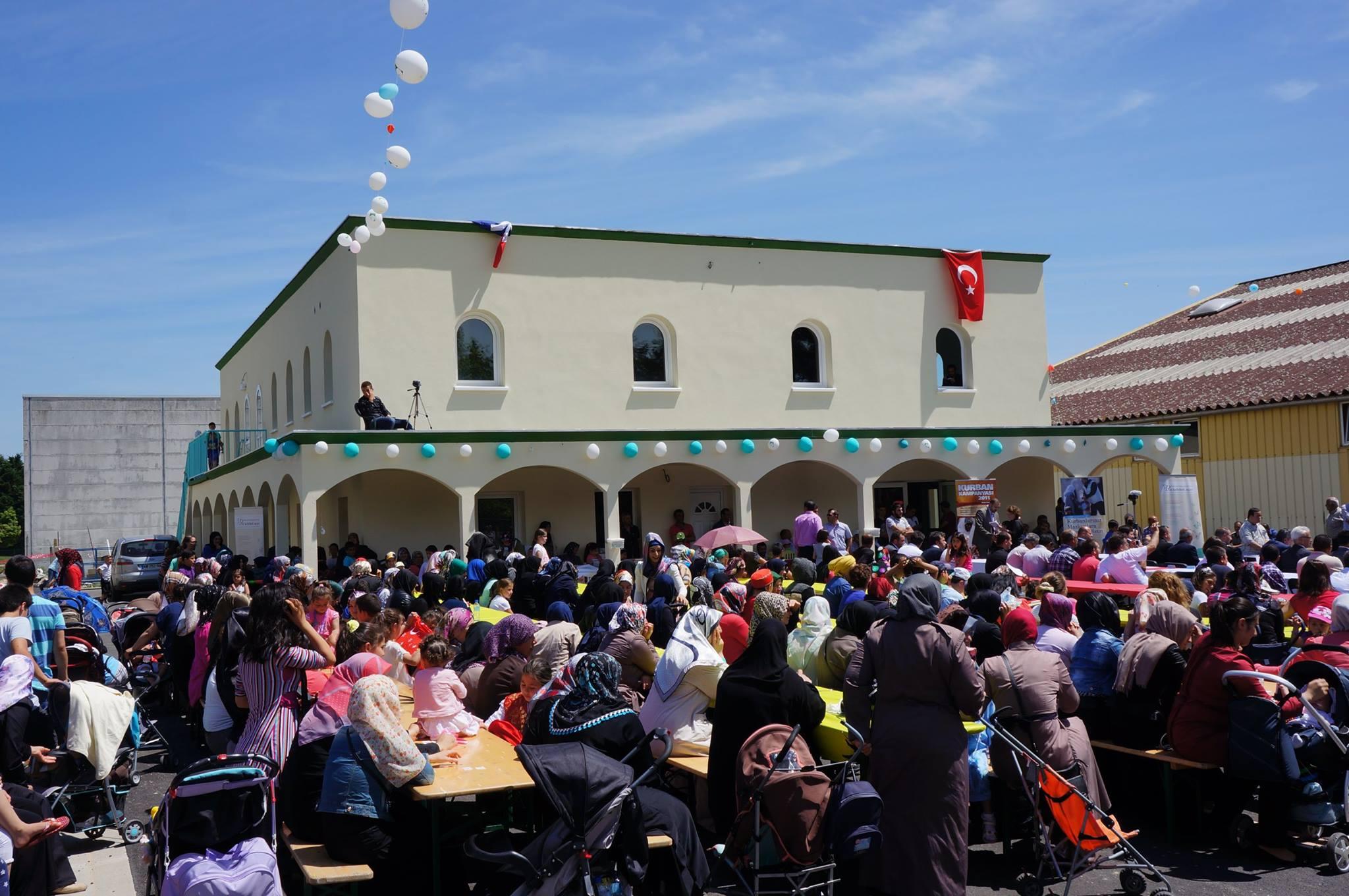 Inauguration de la mosquée turque de Châteadun3