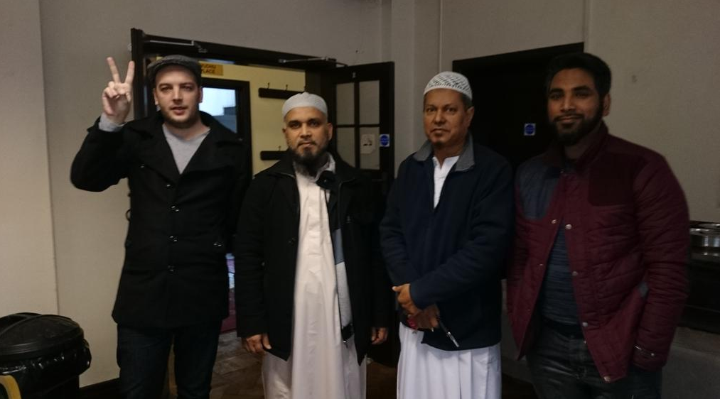 Quand Matthew Lester, ex-membre de Britain First s'excuse auprès des musulmans