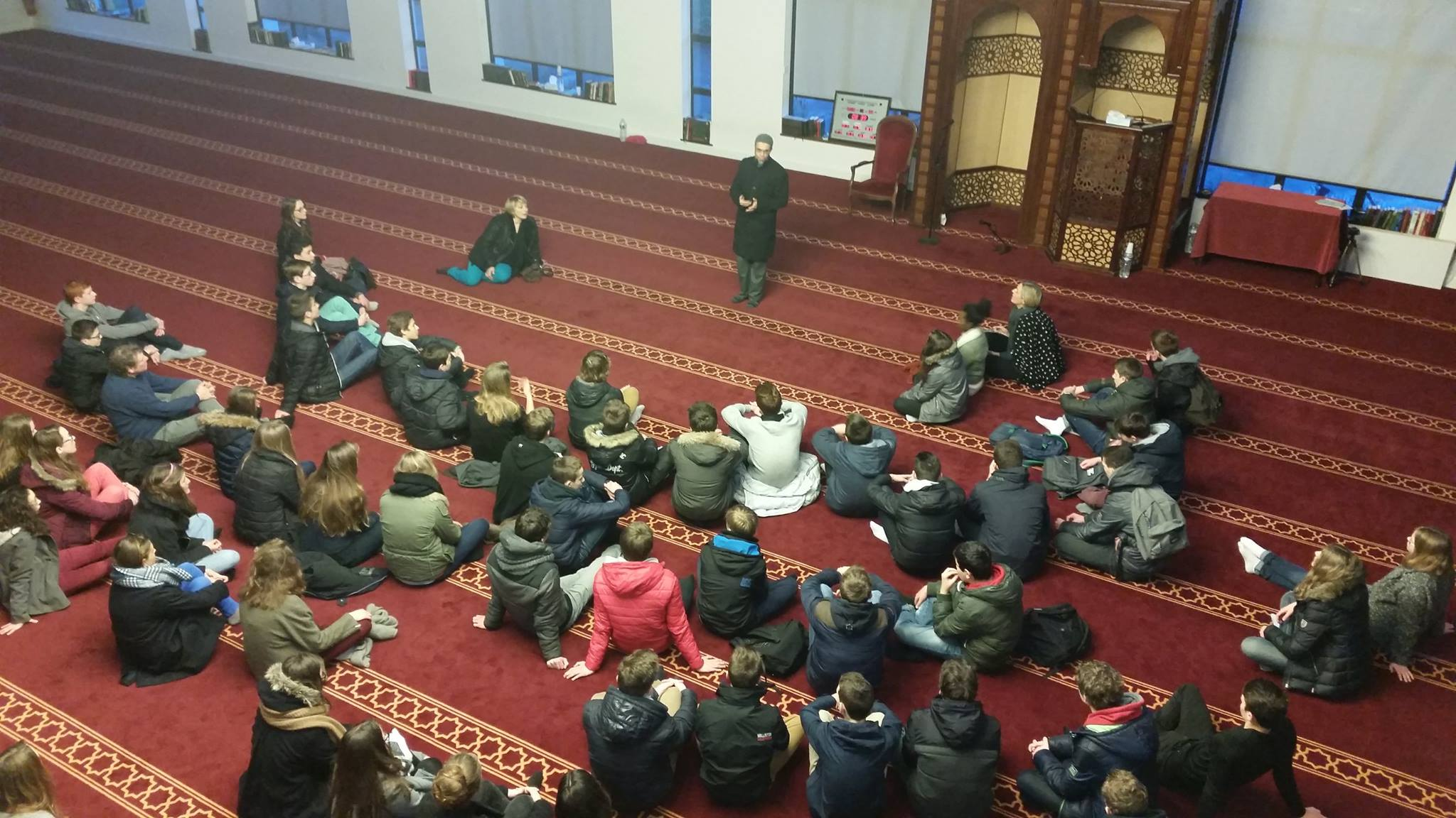 Huit classes de seconde visitent la mosquée de Villeneuve d'Ascq 1