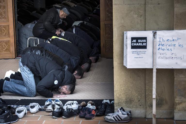 JeSuisCharlie à la Grande Mosquée de Saint-Etienne