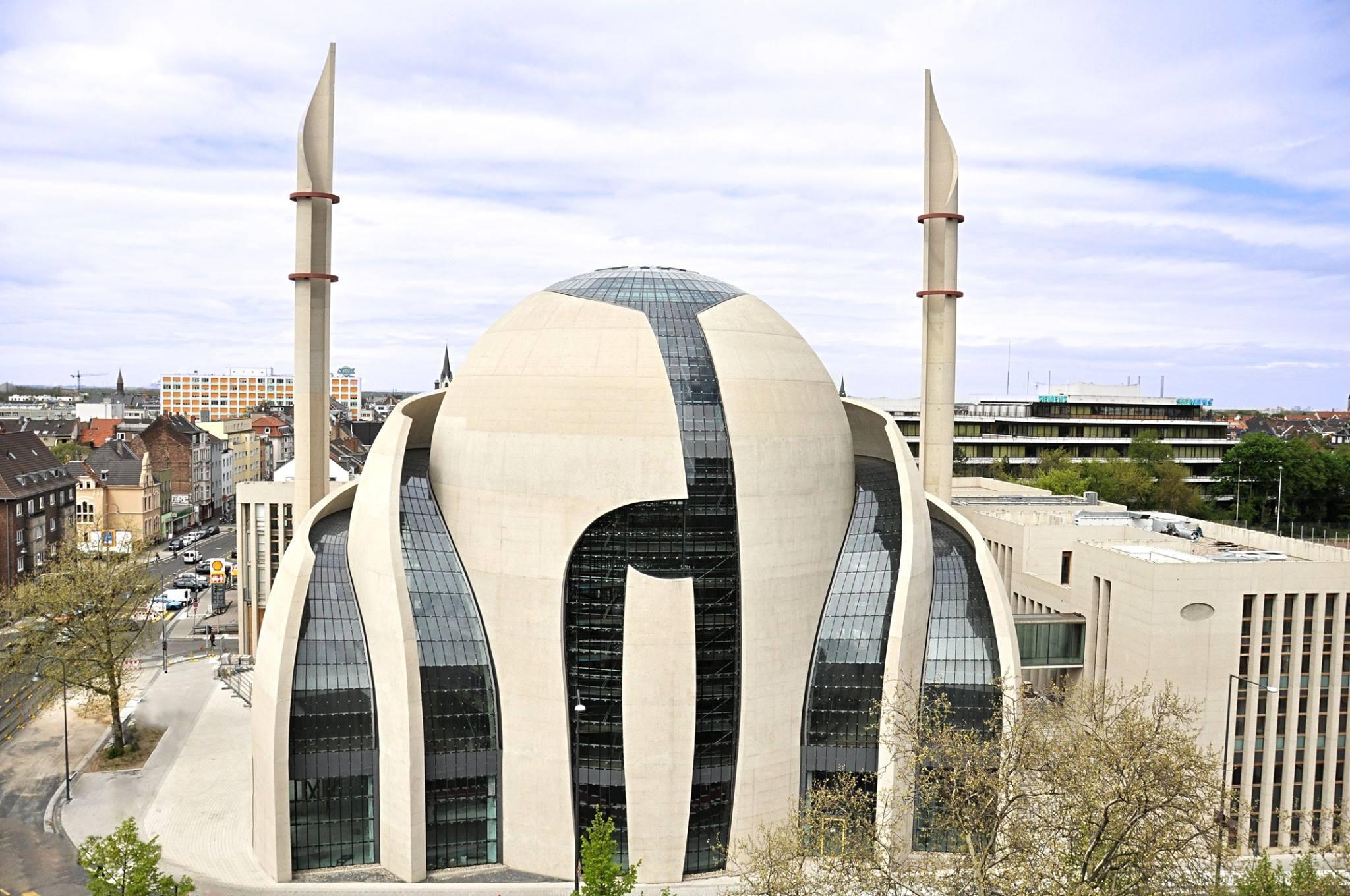 La mosquée centrale de Cologne