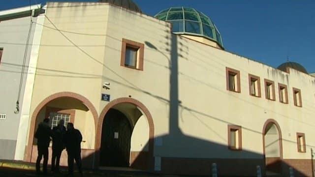 Plainte contre la mosquée de Clermont-Ferrand