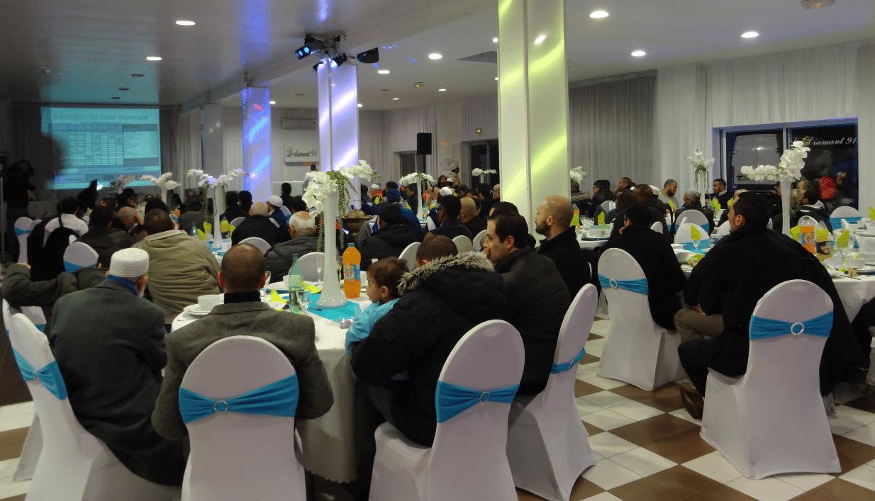 Franc succès pour le dîner de soutien à la mosquée de Grigny