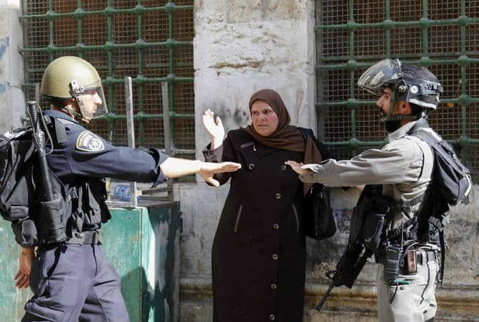 La mosquée Al-Aqsa prise d'assaut par les soldats sionistes 6