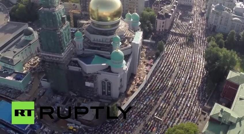 Prière de l'Aïd El Fitr à Moscou en Russie