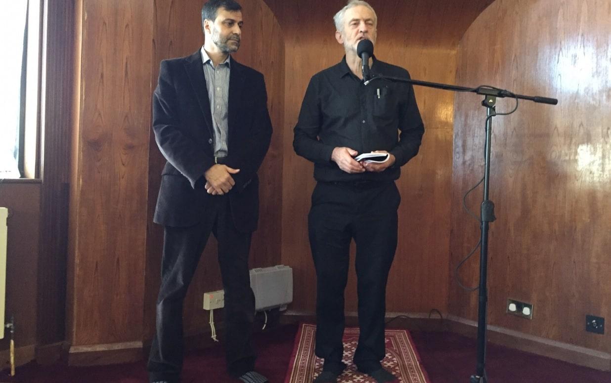 Jeremy Corbyn à la mosquée de Finsbury Park