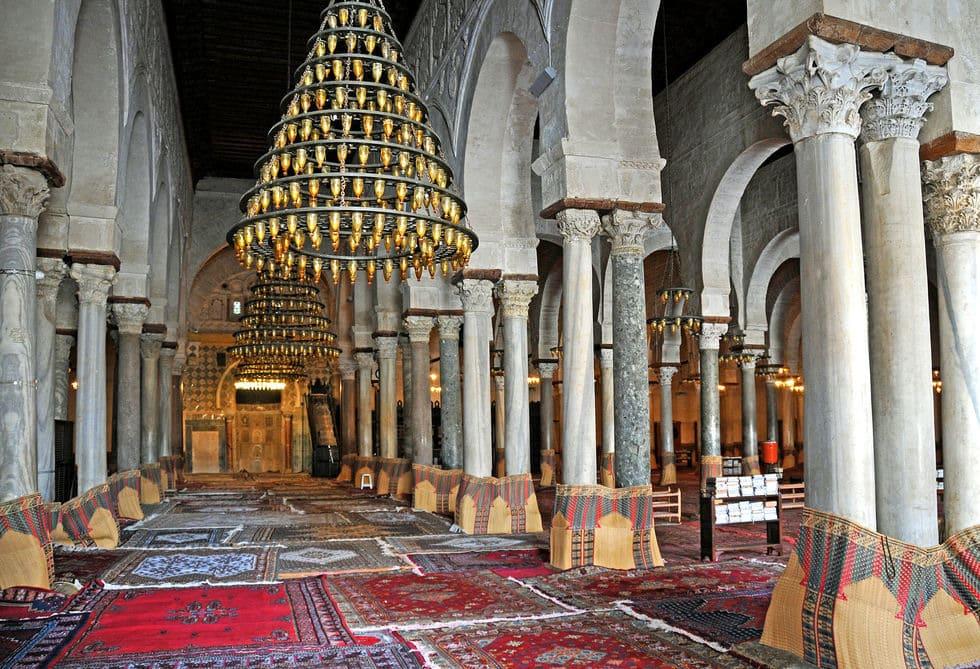 Great_Mosque_of_Kairouan,_prayer_hall
