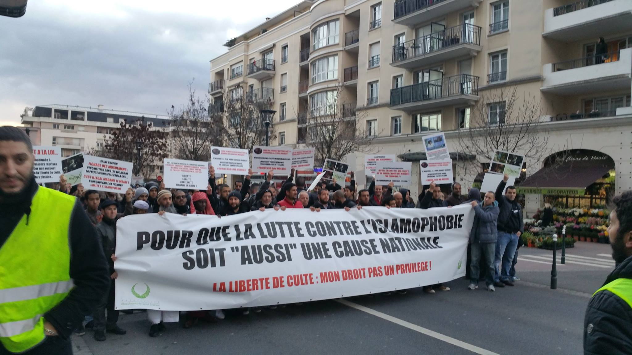 Forte mobilisation contre l'islamophobie à Saint-Gratien