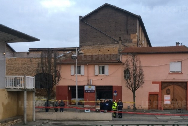 Explosion à proximité de la mosquée El Houda à Villefranche-sur-Saône