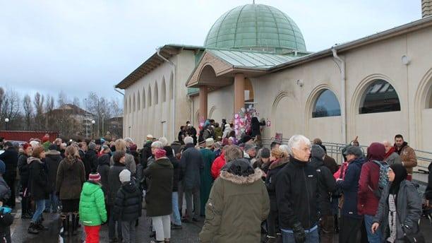 Suède  mobilisation contre l'islamophobe après l'attaque d'une troisième mosquée 9