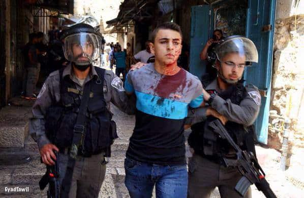 La mosquée Al-Aqsa prise d'assaut par les soldats sionistes 8