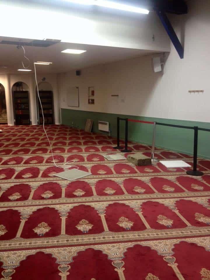 Perquisition musclée dans une mosquée d'Aubervilliers 7