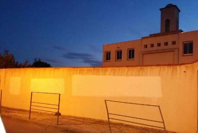 Tags islamophobes sur la mosquée d'Aubagne 2