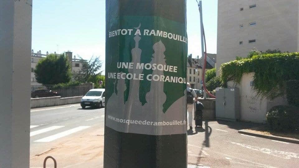 Tract anonyme à Rambouillet contre la mosquée