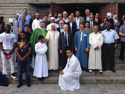 Musulmans à l'église de Goussainville