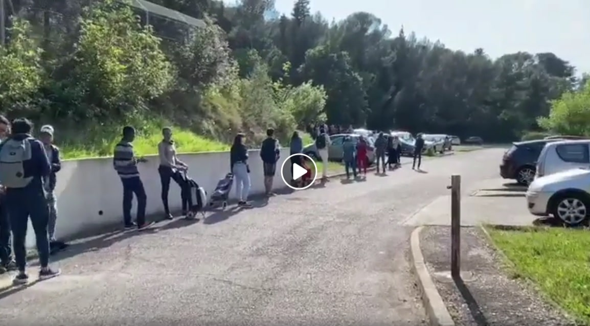 mosquees etudiants confinement